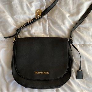MICHAEL KORS ✨ Black Medium Leather Crossbody